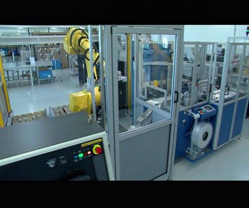 机器人组装医用烟雾探测器